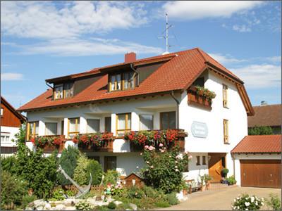 Knoblauch - Gästehaus Anker - Ferienwohnungen