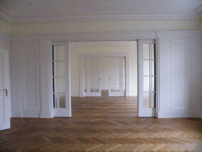 f r echte individualisten mit sinn f r stil und geschmack herrschaftliche wohnung mit 200 m. Black Bedroom Furniture Sets. Home Design Ideas
