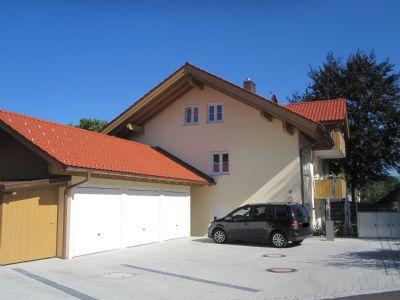 4 Zimmer Neubauwohnung im Obergeschoß mit Bergblick