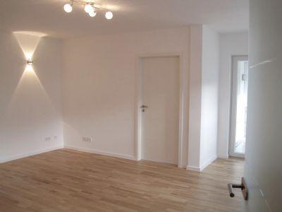 traumhafte 2 Zi.-Whg.in Taufkirchen m.hellem Wintergarten*top neu renoviert! mit Lift + 8qm Hobbyraum!