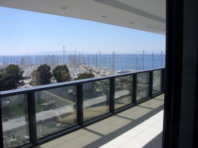 Top - Penthouse mit Meerblick in Athen für Büro und/oder Wohnung zu vermieten