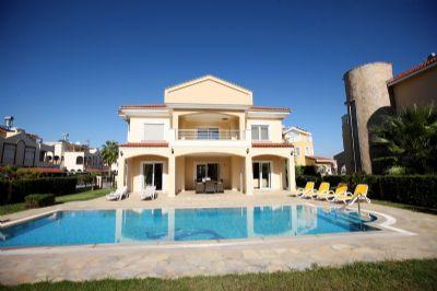 Freistehendes Haus mit privatem Pool für Ihren Urlaub