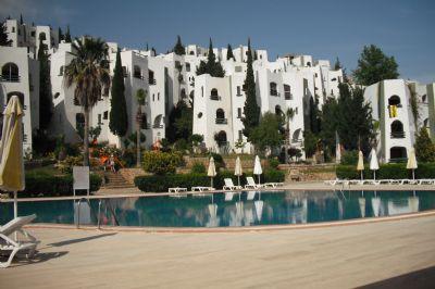 Sultaneli Villalari - Traum-Wohnung - mit Meerblick und 800qm Pool und Privat-Strand