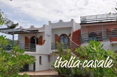 Große Villa mit 2 Ferienwohnungen und kleinem Einzelhaus in einmaliger Lage mit Meerblick - Cilento - Palinuro