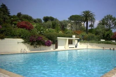 Grosses Appartement, Pool, Meerblick, exotische Parkanlage, Antibes Juan, strandnah