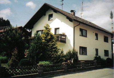 Ferienwohnung Hölzl -  Ferienwohnung + Mansardenappartement